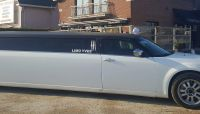 limousine-chrysler-blanch-noir-anniversaire