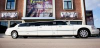lincoln-limousine-blanche-dancing
