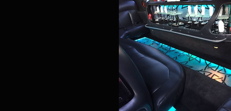 bg-limousine-noir-inside