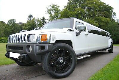 witte Hummer limousine